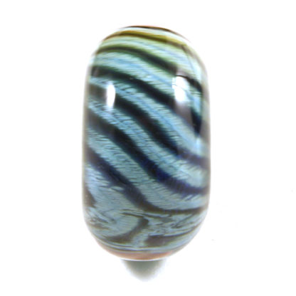 glass bead made with ekho glass